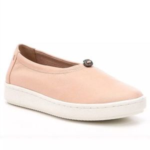 Eileen Fisher Sydney Leather Slip on Sneaker Flats